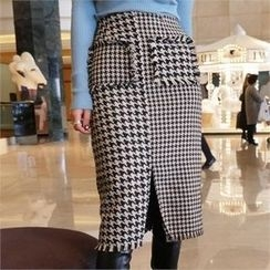 LIPHOP - Houndstooth Slit-Front Pencil Skirt
