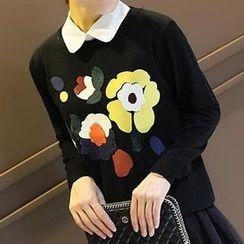 Coralie - Flower Pattern Knit Top