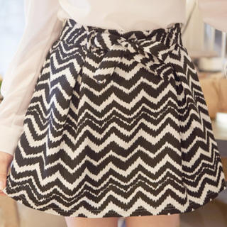 Tokyo Fashion - Tie-Waist Patterned A-Line Skirt (2 Designs)