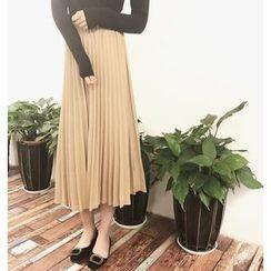 Shopherd - Pleated Midi Skirt