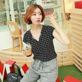 CLICK - Open-Placket Cap-Sleeve Checked Top