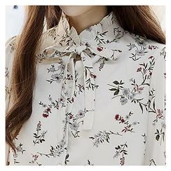 Sechuna - Frilled Mock-Neck Floral Pattern Blouse