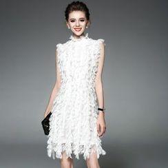 Ozipan - Sleeveless Lace Dress
