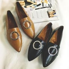 QQ Trend - Pointy Loafers