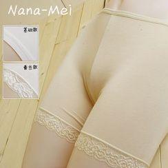 NANA Stockings - 蕾絲邊打底短褲