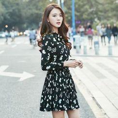 Sienne - Floral Print Tie Neck Chiffon Dress