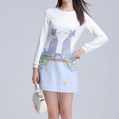 AiLiTi - Cat Print Long-Sleeve Shift Dress