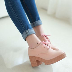 Pretty in Boots - Lace-Up Chunky Heel Platform Shoes