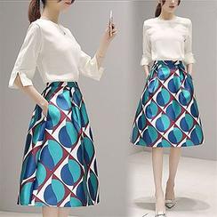 Lavogo - Set: Slit 3/4-Sleeve Top + Print Midi A-Line Skirt