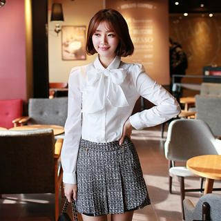 CLICK - Long-Sleeved Blouse with Detachable Tie