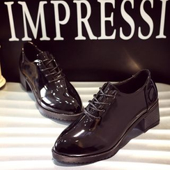 Danso - Block Heel Patent Lace-Up Shoes