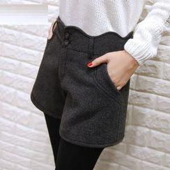 YAYAGREEN - Button-Front Shorts