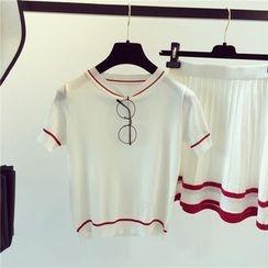 Bloombloom - Set : Short-Sleeve T-shirt + Skirt