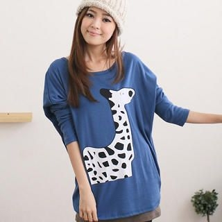 CatWorld - Drop-Shoulder Giraffe Print Top