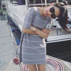 Bloombloom - Stripe Short-Sleeve Knit Dress