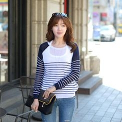 CLICK - Two-Color Striped Sweater
