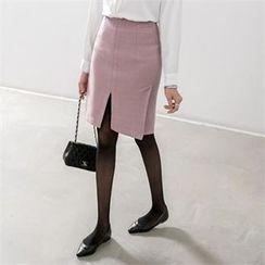 PEPER - Slit-Front Skirt