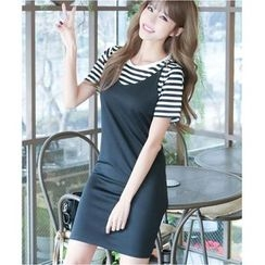 Dowisi - Set : Stripe Short-Sleeve T-shirt + Strap Dress