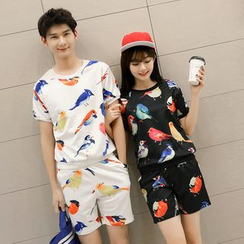 Lovebirds - Set: Short-Sleeve Printed Couple Top + Printed Shorts