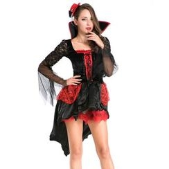 Whitsy - Vampire Party Costume