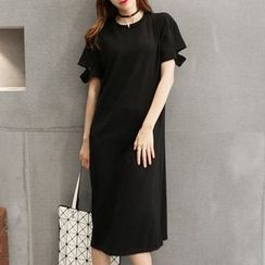 Au Naturel - Cutout Short-Sleeve T-shirt Dress