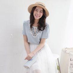 東京著衣 - 短袖蕾絲拼接襯衫