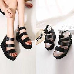 CITTA - Strappy Platform Wedge Sandals