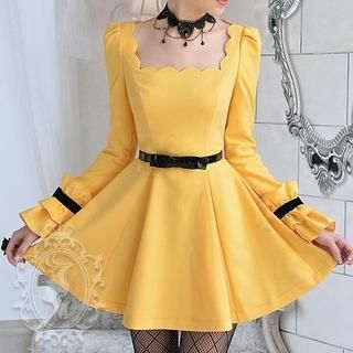 Dabuwawa - Scalloped-Neckline Frilled-Cuff A-Line Dress