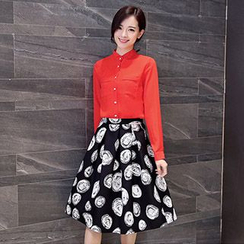 Romantica - Long-Sleeve Blouse / Printed Midi Skirt