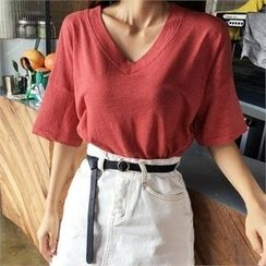 QNIGIRLS - V-Neck Elbow-Sleeve T-Shirt