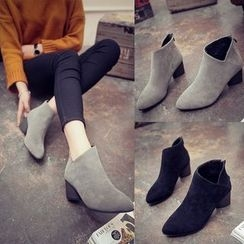 Yoflap - Chunky Heel Ankle Boots