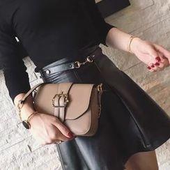 VANYAR - Buckled Shoulder Bag