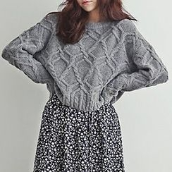 Isadora - Cable Knit Sweater