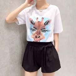 Fumoya - Set: Animal Print Short-Sleeve T-shirt + Plain Shorts