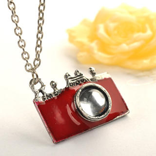 Fit-to-Kill - Camera Necklace