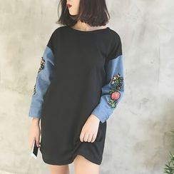 Jolly Club - Long-Sleeve Embroidered Dress