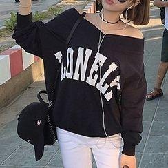 Shimi - Lettering Off Shoulder Pullover