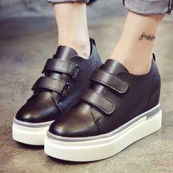 Max Dash - Hidden Wedge Velcro Sneakers