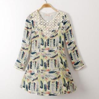 JVL - Lace-Collar Feather-Print Dress