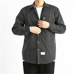 THE COVER - Pocket-Front Striped Shirt