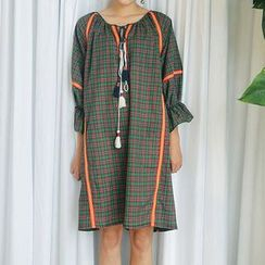 trendedge - Tasseled Tie Neck Plaid 3/4 Sleeve Dress