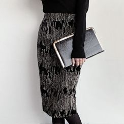 NIPONJJUYA - Glitter Pattern Velvet Pencil Skirt