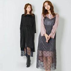 FASHION DIVA - Spaghetti-Strap Sheer Lace Long Dress