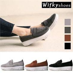 Wifky - Velvet Platform Slip-Ons