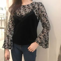 Bloombloom - Set: Strap Top + Bell-Sleeve Lace Top