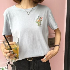 HotBlock - Flower Embroidered Short Sleeve T-Shirt