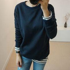 STYLEBYYAM - Brushed Fleece Sweatshirt