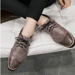JY Shoes - Block Heel Lace-Up Brogue Shoes
