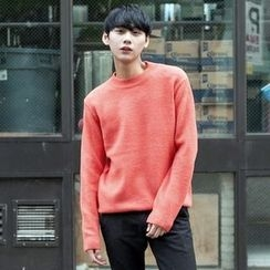 TOMONARI - Crew-Neck Colored Knit Top