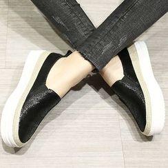ZOHOUR - Platform Slip-Ons